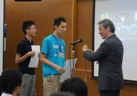優勝チーム(solars)へメダル授与